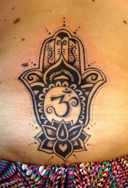 22556-tatuaje-de-mano-de-fatima_large